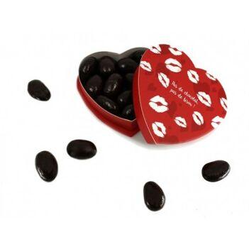Boîte coeur garnie d'amandes enrobées de chocolat noir
